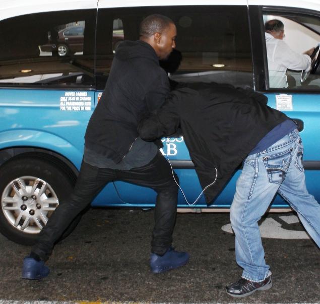 Kanye-Attacks.jpg